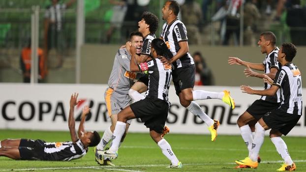Ronaldinho decisivo para o Galo. Seleção pra quê  Jogão confirma que  futebol é a melhor invenção do homem  7bfc9ae17db