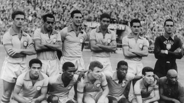 Pelé e Garrincha e a seleção que enfrentou a Bulgária, em 1966