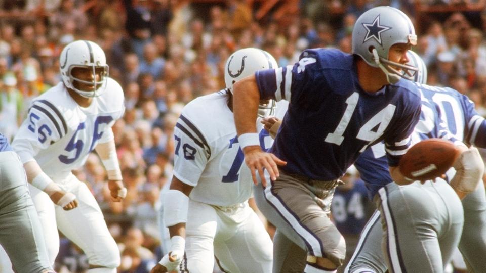 Joe Montana amarelão  Dinastia dos Bills  A bizarra NFL com os ... df8bdaaee41ea
