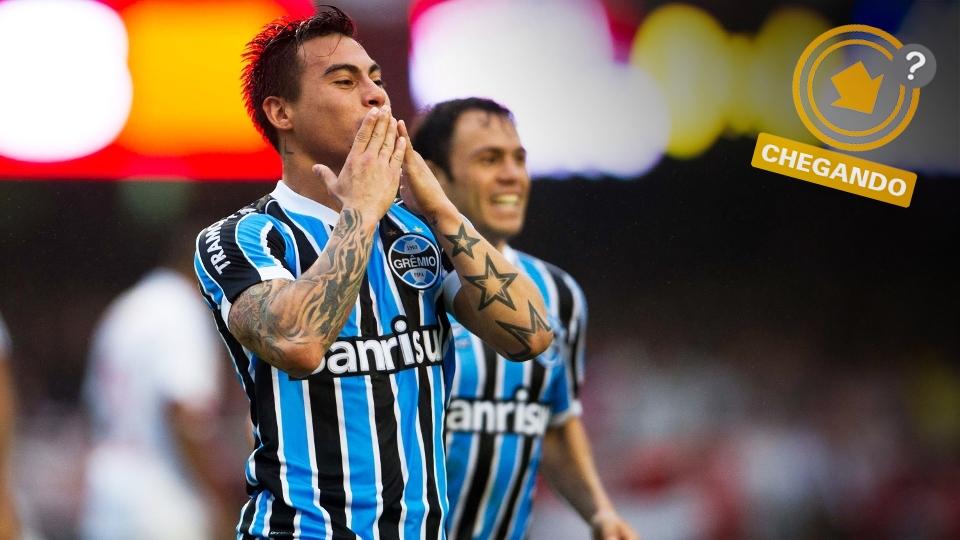 Sonho de consumo do São Paulo desde o fim de 2013, Vargas pode aparecer no Morumbi, apesar do acerto quase certo com o Santos