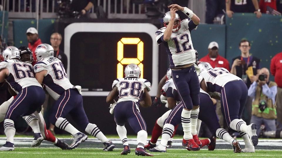 Jogada ensaiada dá certo, e Patriots marcam touchdown
