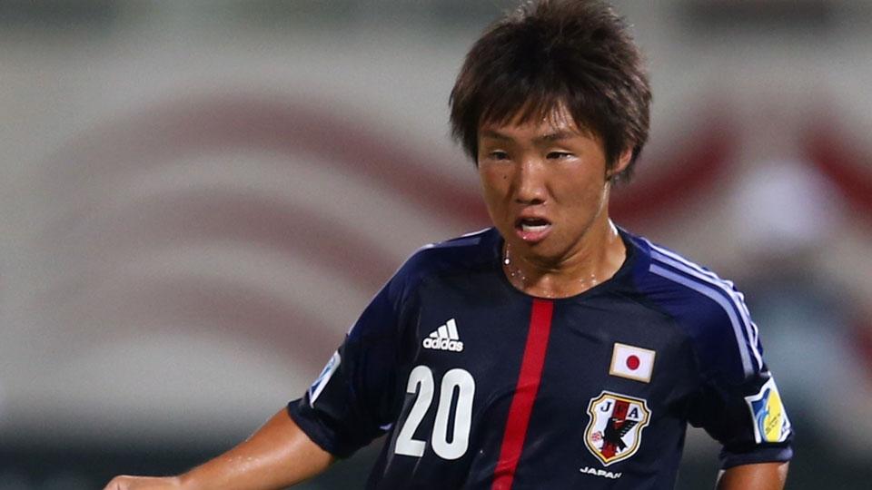 O meio-campista japonês Daisuke Sakai permanece no Oita Trinita