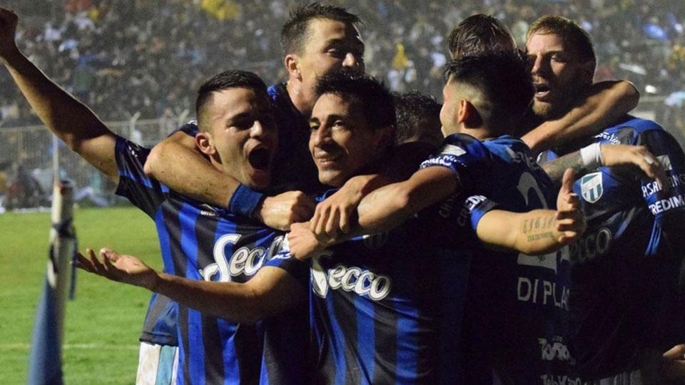 2ª FASE PRÉVIA: Atlético Tucumán, Argentina - 5º colocado argentino