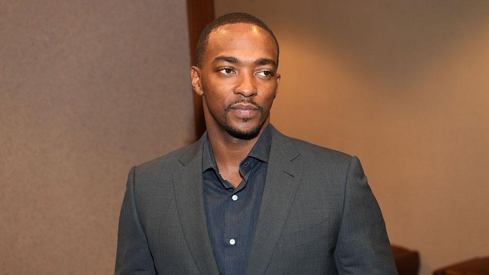 """Anthony Mackie é ator conhecido por suas participações em filmes da série """"Os Vingadores"""""""