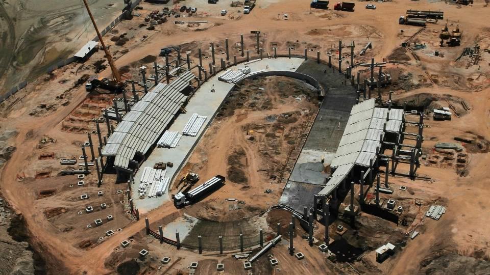 O novo Velódromo do Rio gerou controvérsias, a obra atrasou, mas já está na fase da montagem da estrutura