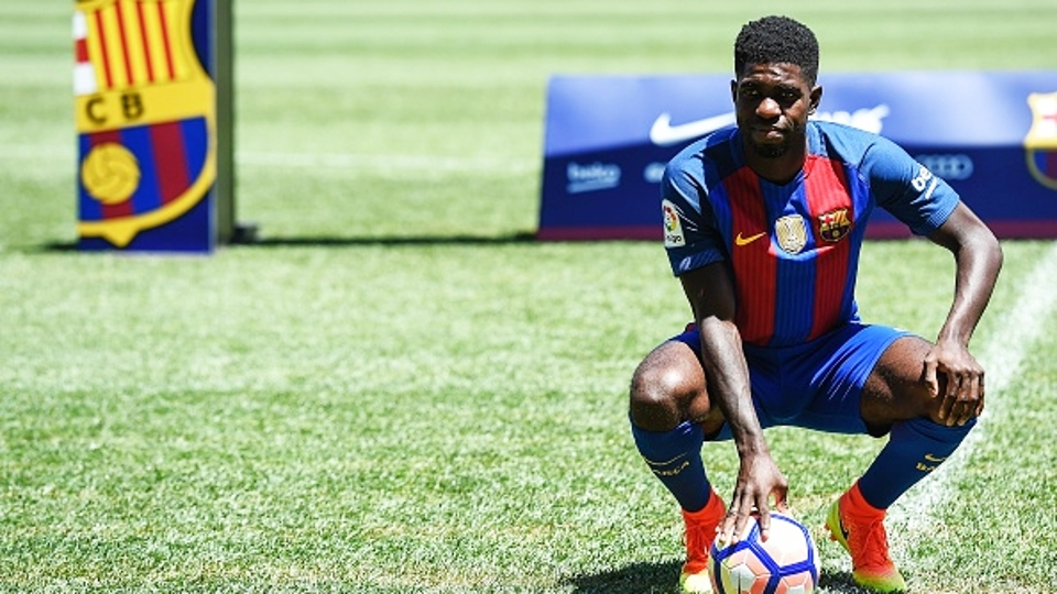 Samuel Umtiti - Barcelona (25 milhões de euros): O zagueiro aproveitou o espaço em meio a lesões na defesa e jogou 37 vezes, quase todas como titular