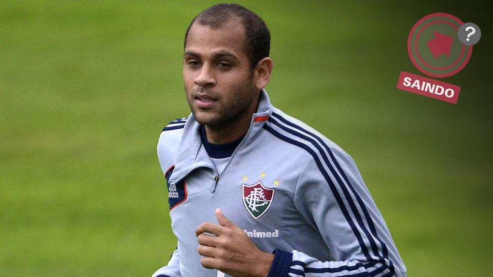 Carlinhos não foi bem na temporada, após se destacar em 2012. Com o Flu querendo diminuir a folha salarial, ele pode sair - São Paulo está interessado