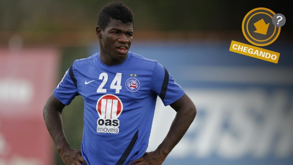 Feijão interessa ao Flamengo, que pode mandar Gabriel e Rafinha ao Bahia para contar com o volante em 2014