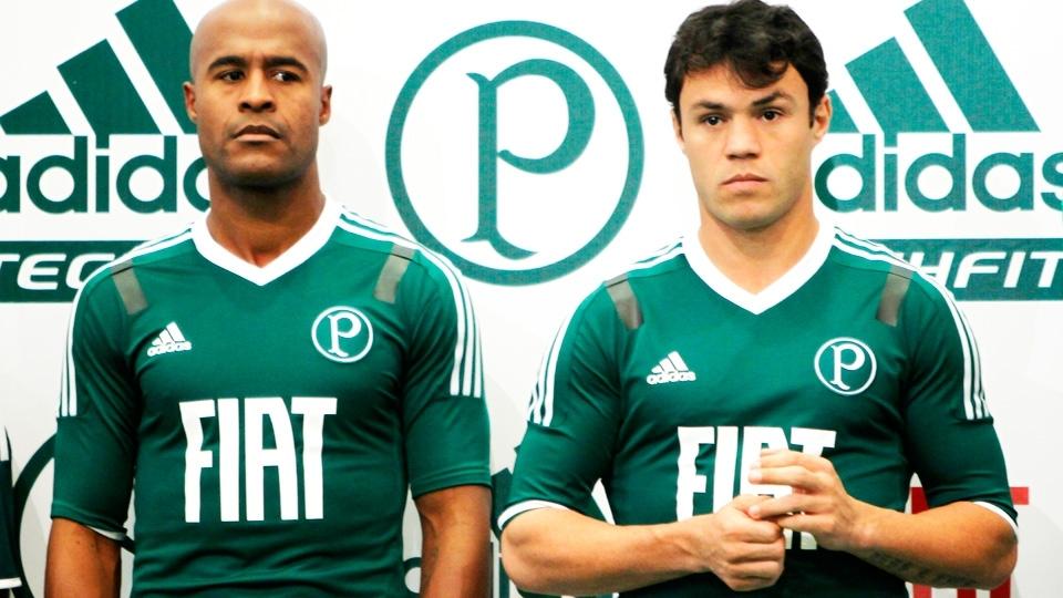 6b98dd1930053 Relembre 11 camisas da Adidas para o Palmeiras que fizeram sucesso e ...