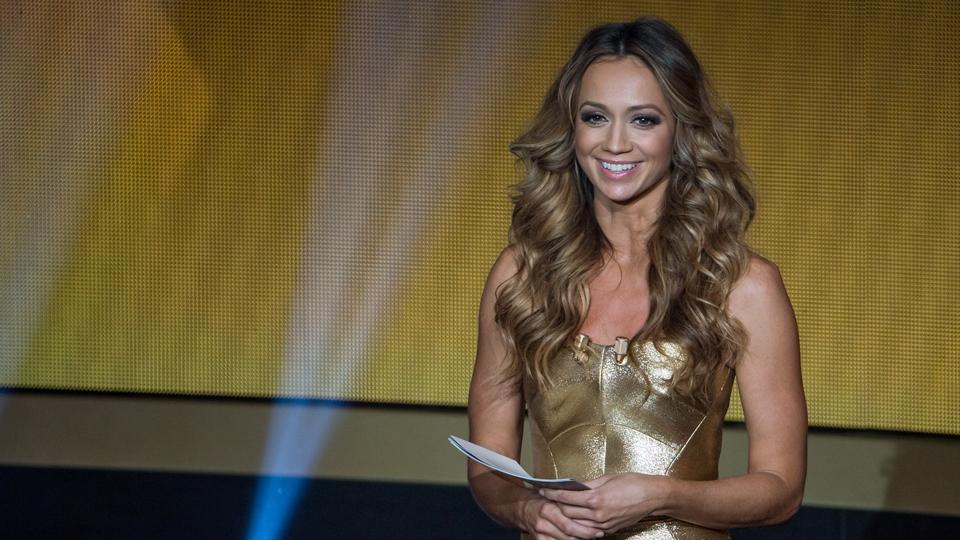 Kate Abdo, a 'Fernanda Lima' do Bola de Ouro, é a apresentadora do prêmio