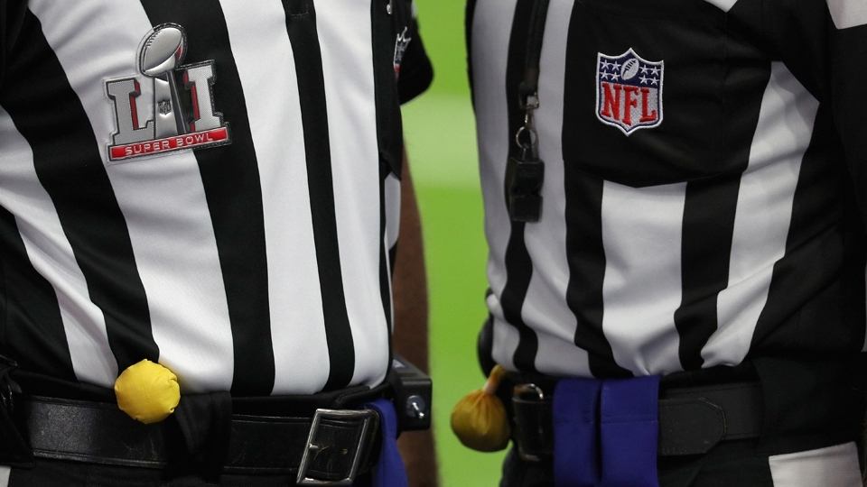 Em detalhe, os árbitros, ou, se preferir, as 'zebras', antes do Super Bowl LI