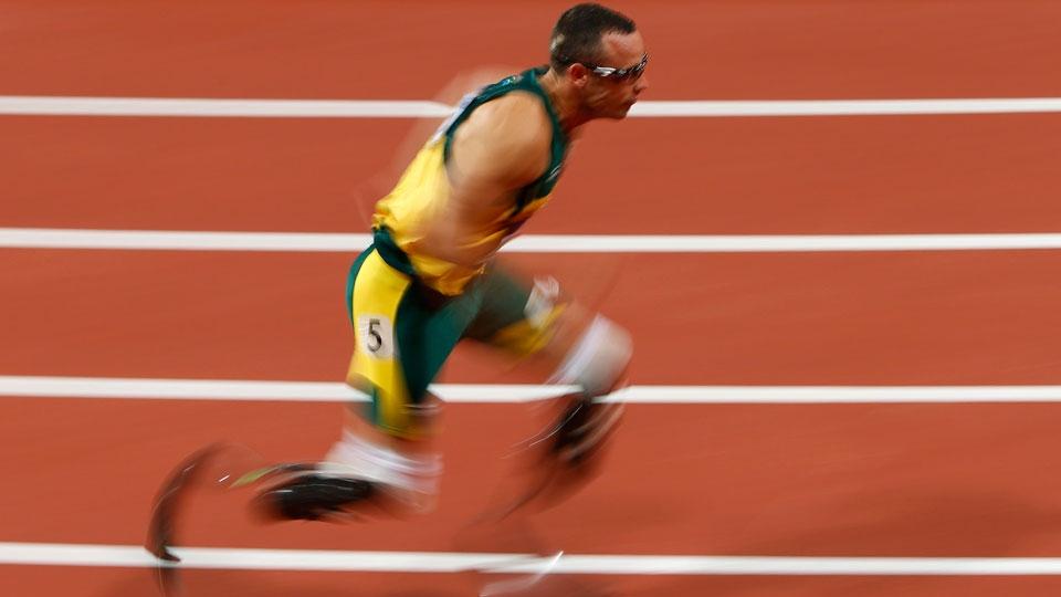 Pistorius ficou na última posição de sua bateria nos 400m na Olimpíada-2012...
