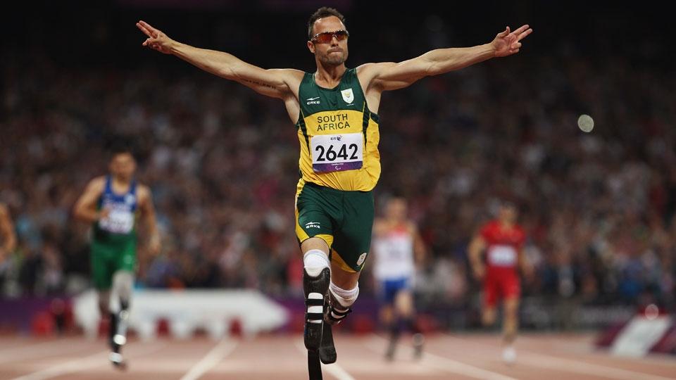 ... mas 'passeou' na final dos 400m na Paralimpíada e ficou com o ouro na Inglaterra