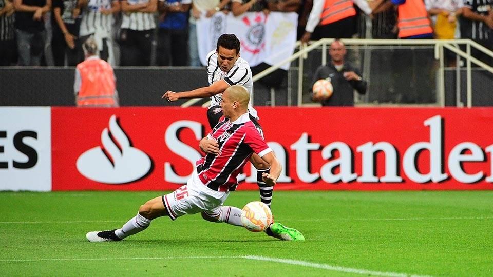 Jadson reencontra o ex-time, enquanto Dória faz segundo jogo pelo São Paulo