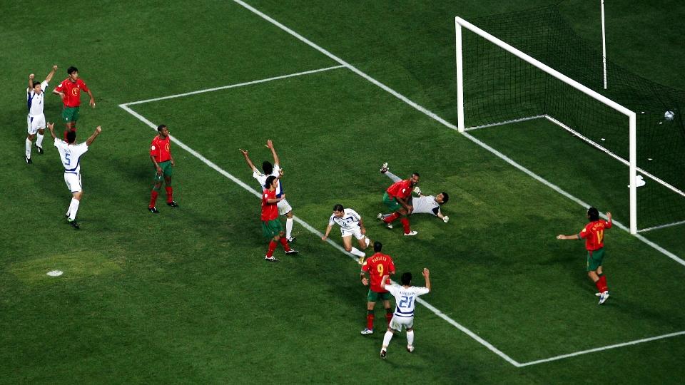 Uma das maiores zebras da história recente do futebol: a Grécia venceu Portugal por 1 a 0 e conquistou a Euro de 2004