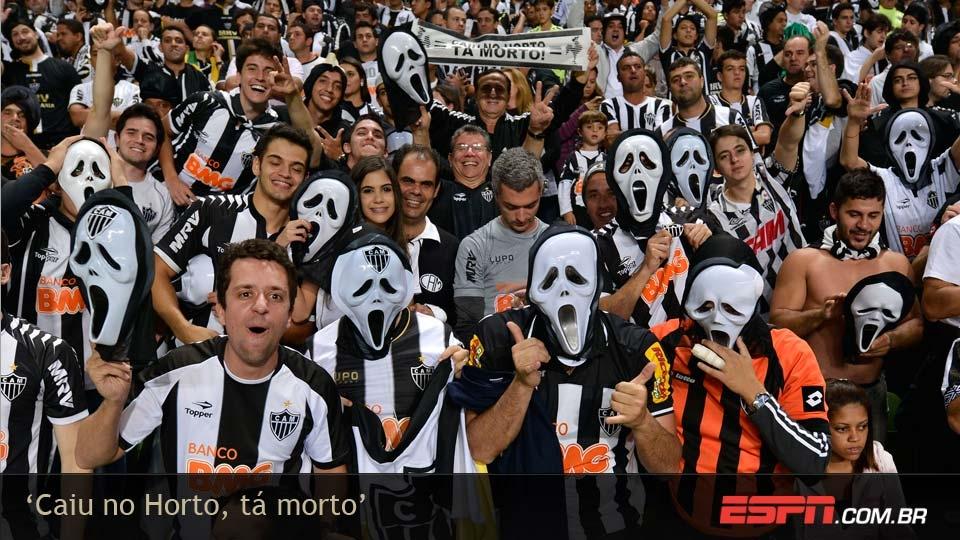 As famosas máscaras da 'morte' marcaram a torcida atleticana no Independência e ajudaram a propagar a máxima 'Caiu no Horto, tá morto'