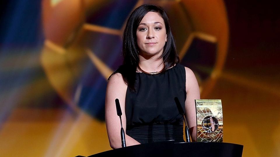 Nadine Kessler venceu o prêmio de melhor jogadora do mundo