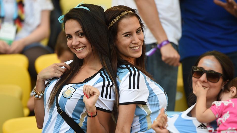 Torcedoras argentinas foram ao Maracanã para acompanhar a final