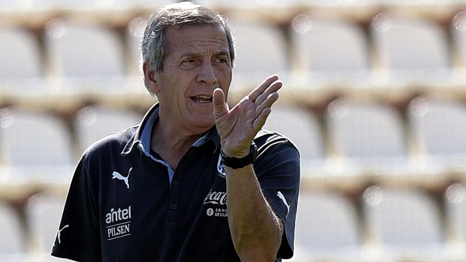 URUGUAI: Óscar Tabárez (68 anos, uruguaio) - Desde 2006 à frente da seleção celeste, é o técnico com maior longevidade no cargo entre os participantes