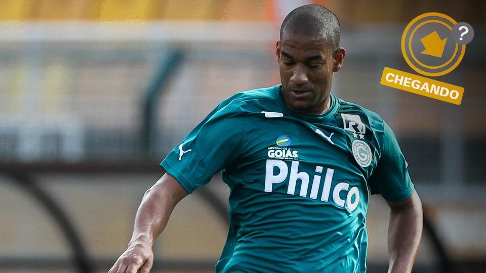 Depois de ter um ótimo ano no Goiás, o zagueiro Rodrigo voltou a interessar ao ex-clube São Paulo