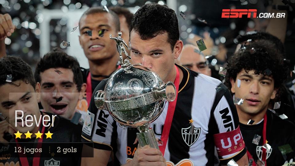 O zagueiro-artilheiro do Atlético-MG foi bem no ataque e ainda melhor na proteção a Victor
