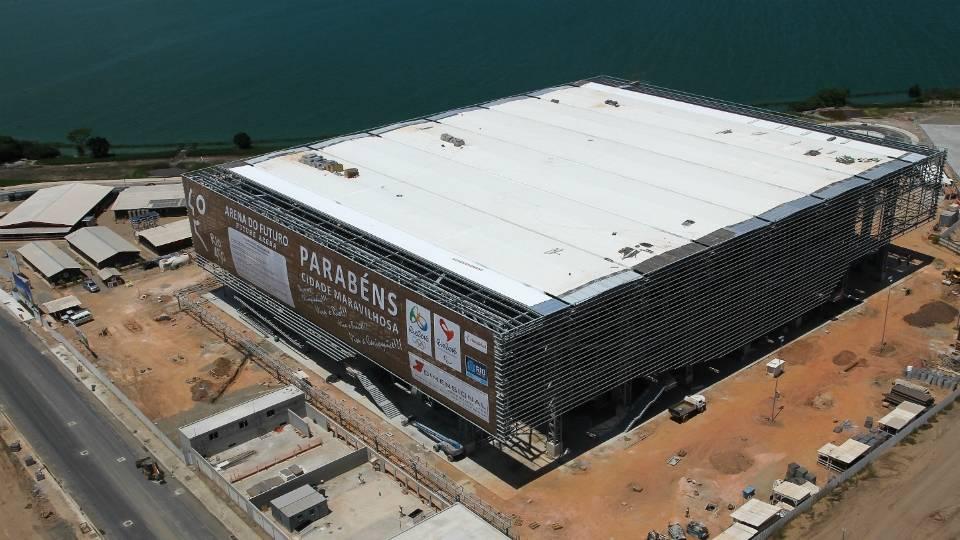 Estrutura metálica e cobertura da Arena do Futuro, casa do handebol, já estão concluídas