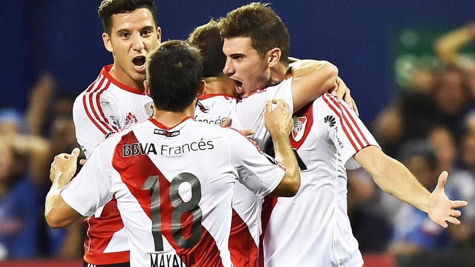 River Plate (Argentina) - fase de grupos - vice-campeão argentino