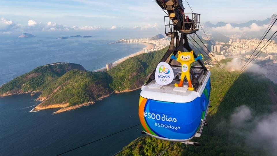 O mascote Olímpico, Vinícius, viu do alto do bondinho do Pão de Açúcar a beleza da Cidade Maravilhosa