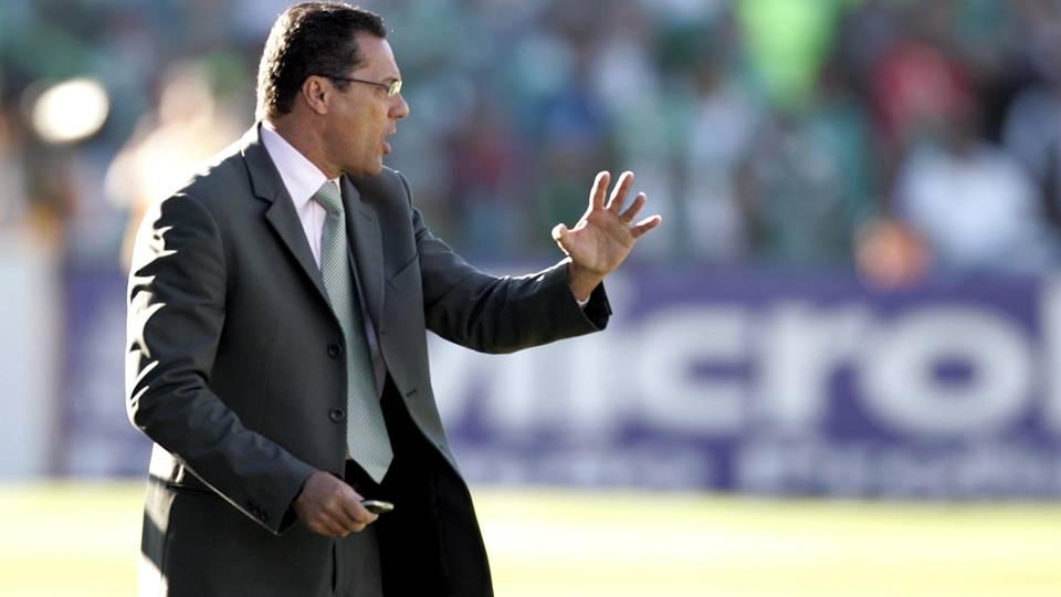 Luxemburgo comandou a campanha palmeirense; hoje é técnico do Flamengo
