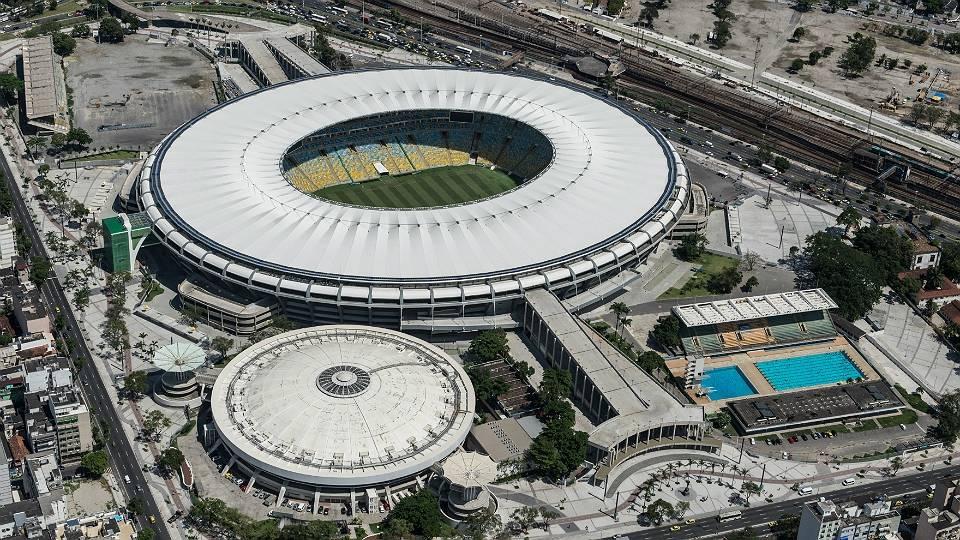 Complexo esportivo do Maracanã, com estádio, ginásio do Maracanãzinho e o Centro Aquático Julio de Lamare