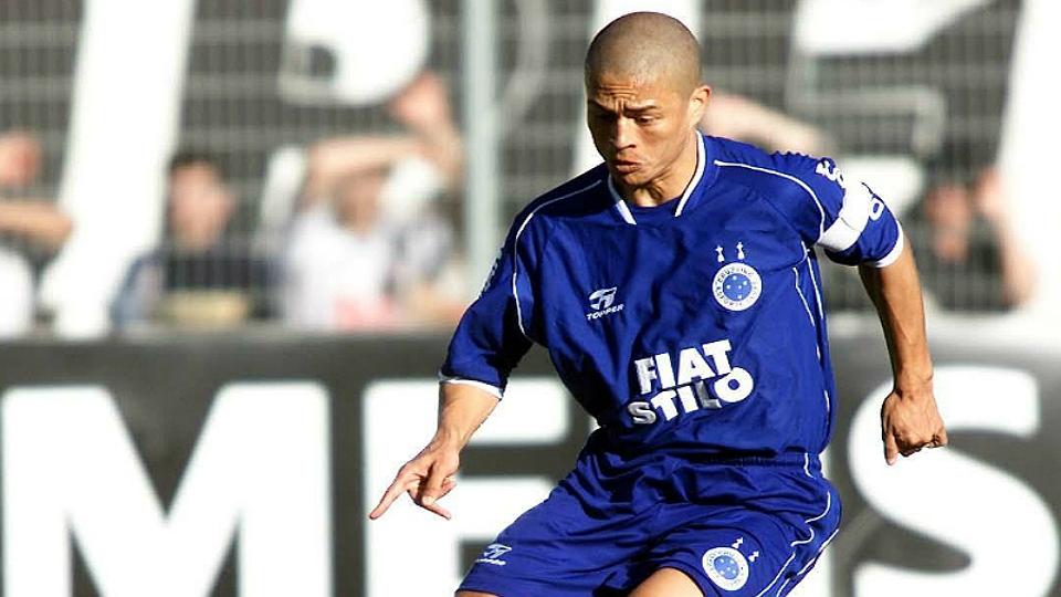 3 - ALEX, Cruzeiro (2003): 6,74 em 38 jogos