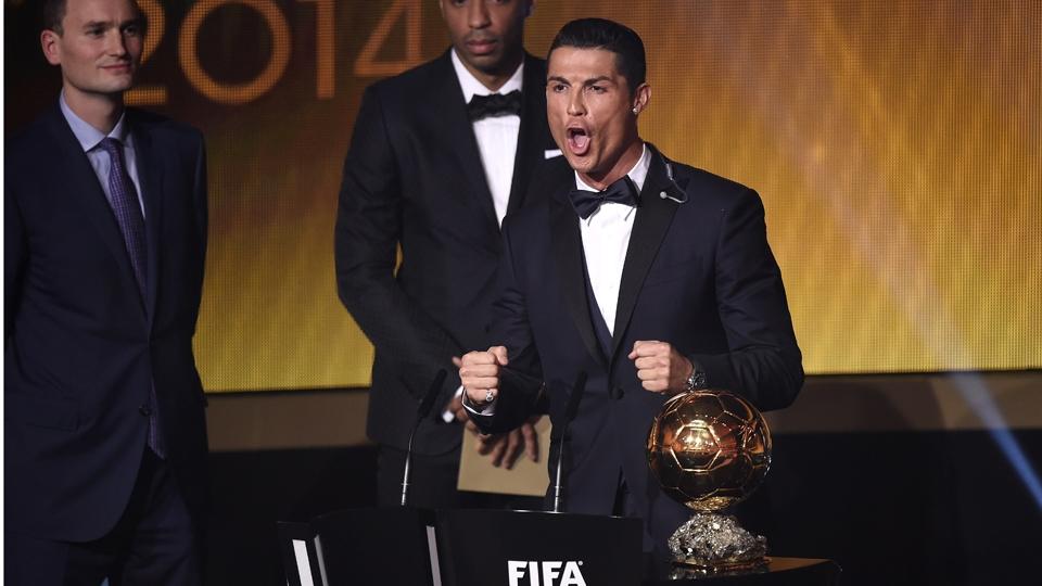 Cristiano Ronaldo levou o prêmio de melhor jogador do mundo em 2014