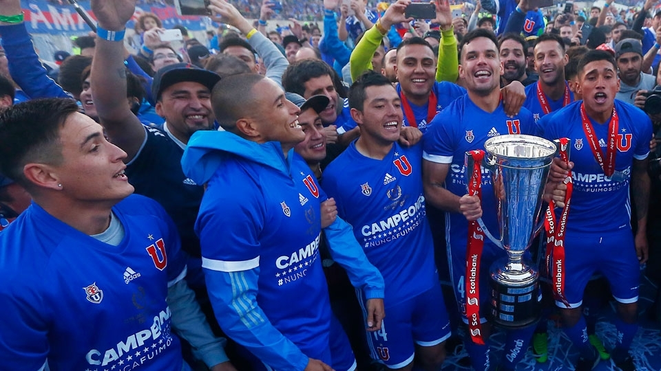 Universidad de Chile (Chile) - fase de grupos - campeão do Clausura no Chile