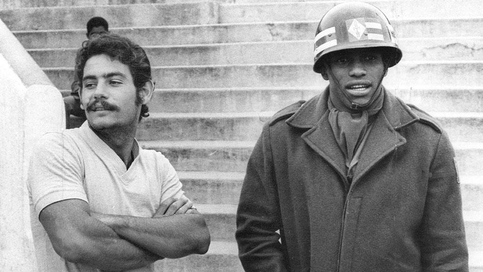 Rivellino ao lado de Zé Maria, então da Portuguesa, em 1969