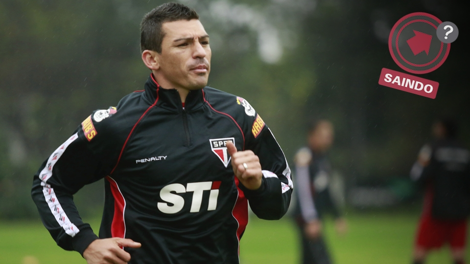 Lúcio chegou no começo do ano para ser o xerife da zaga tricolor, mas caiu em desgraça após a Libertadores. O Palmeiras seria um dos interessados