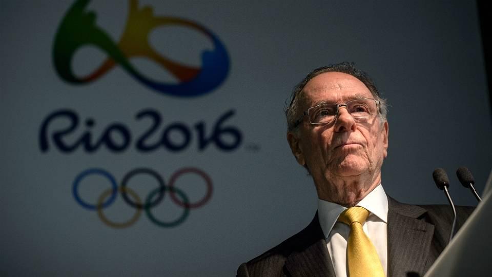 Carlos Arthur Nuzman, hoje presidente do COB, ainda mandava no vôlei brasileiro