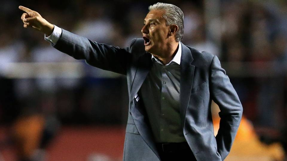 Tite-Corinthians: Foi campeão da Libertadores com a equipe em 2012 e busca o bi