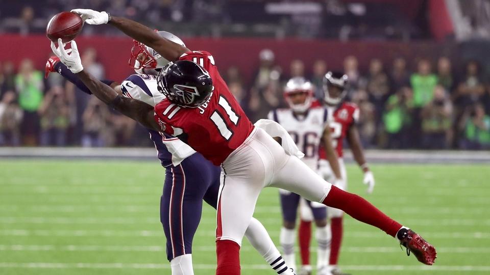 Julio Jones consegue recepção 'ridícula' para os Falcons no Super Bowl LI
