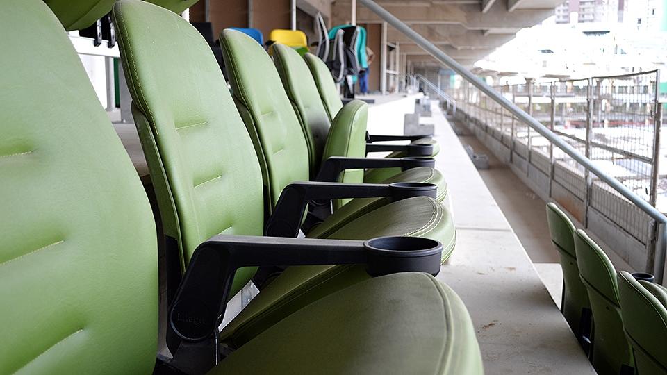 Detalhe de cadeiras de um dos 160 camarotes do Allianz Parque