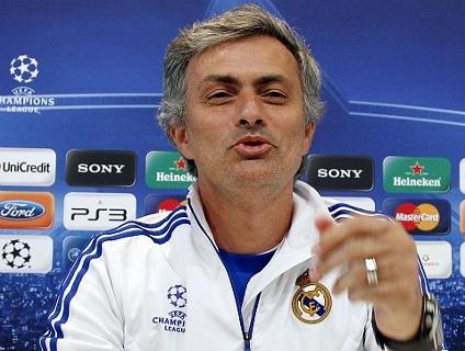 Clique acima e assista à resposta de Mourinho em italiano