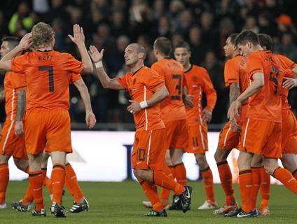 Clique no player acima para ver os gols da vitória da Holanda!