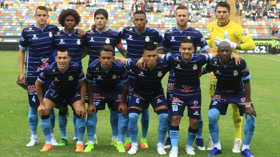 Real Garcilaso (Peru) - fase de grupos - vice-campeão peruano