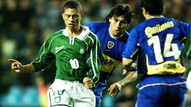 1b81382c68ecd Relembre o empate de Boca Juniors 2 x 2 Palmeiras pela Libertadores em  2001