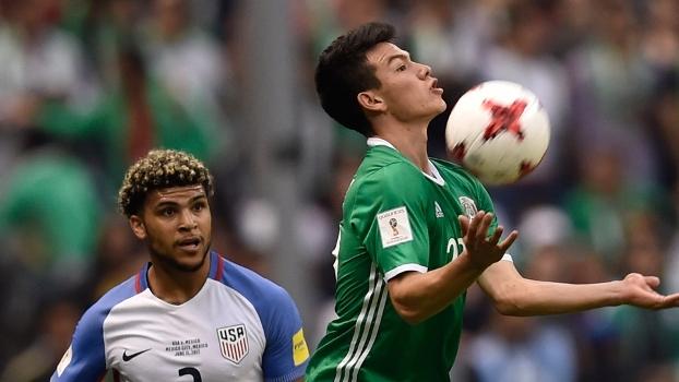 Bradley faz golaço, mas México arranca empate com EUA e segue invicto na fase final das eliminatóri