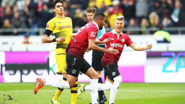 Veja os gols de Hannover 4 x 2 Borussia Dortmund