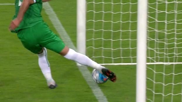 Nas eliminatórias, iraquiano não desiste e evita gol da Arábia Saudita em cima da linha