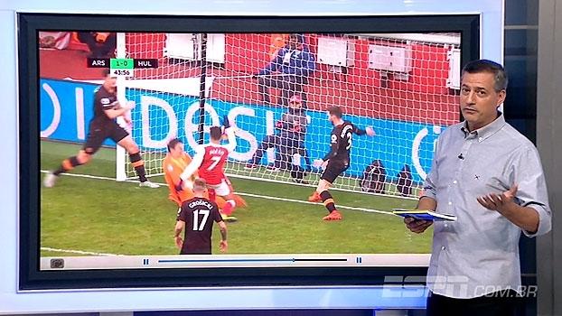 Vale? Sálvio analisa se gol de mão de Alexis Sánchez contra o Hull City foi legal