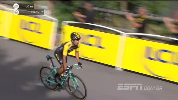 Primoz Roglic sobra no trecho montanhoso e vence a 17ª etapa do Tour de France