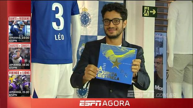 Zagueiro do Cruzeiro lança livro sobre título da Copa do Brasil: 'Escrever me entusiasma'