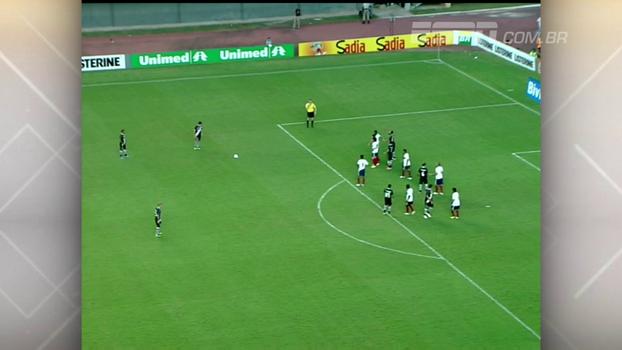 Juninho 'guardou' falta no ângulo, Diego Souza fez por cobertura, e Vasco bateu Bahia em 2012